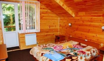 2-местный номер с общей кроватью.jpg