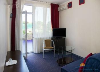 2-местный 2-комнатный Люкс гостиная.jpg