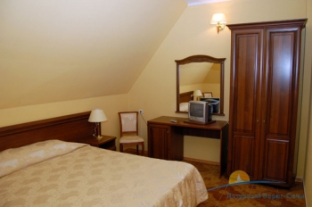 2-местный 2-комнатный Люкс спальня..jpg
