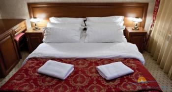 2-местный 1-комнатный Стандарт Twin с 2-спальной кроватью.jpg