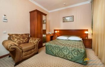 2-местный 1-комнатный Улучшенный Kingsize Bed. Зона спальни.jpg