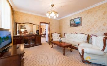 2-местный 3-комнатный Президентский. Гостиная.jpg