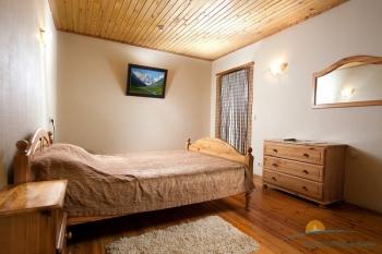 спальня в апартаментах.jpg